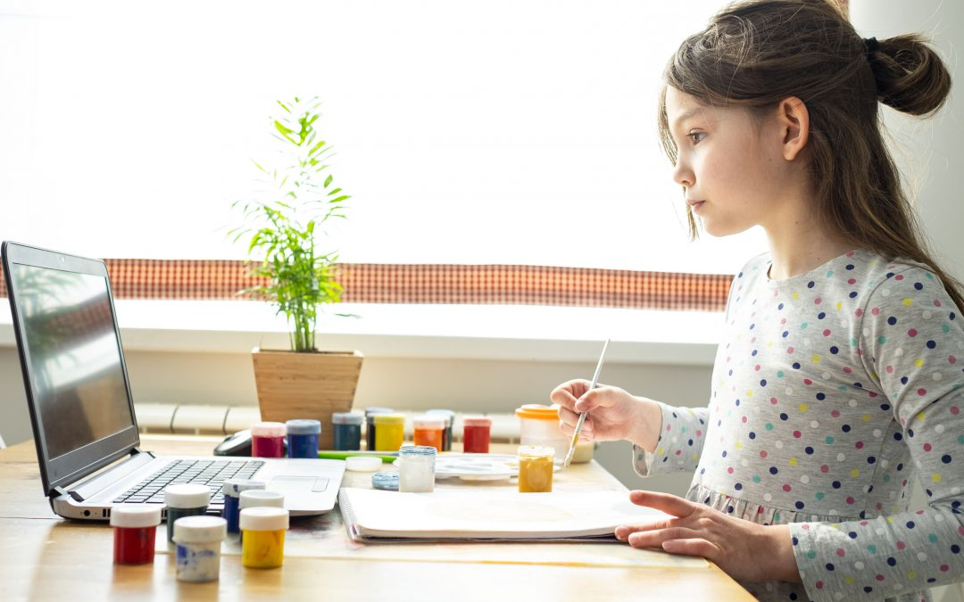 13 Crafts for Little Artists that Aren't a Pain to Clean Up